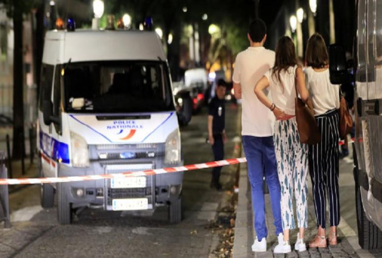 Attaque au couteau à Paris : 7 blessés dont 4 grièvement