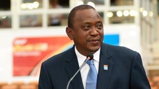 Kenyatta rejette la réduction de la taxe sur les carburants