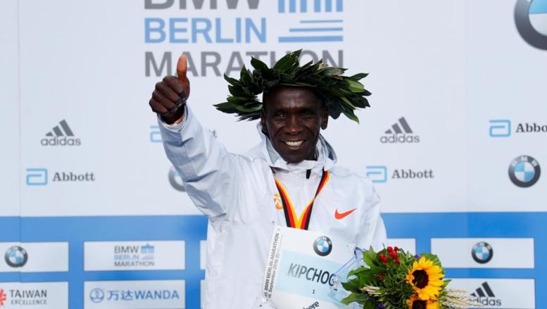 Kenya: Eliud Kipchoge pulvérise le record du monde du marathon de Berlin