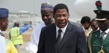 Le président béninois, Boni Yayi à son arrivée à Abuja, au Nigeria pour un sommet d'urgence sur la Côte d'Ivoire, le 24 décembre 2010. AFP
