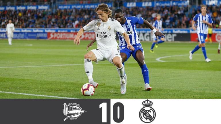 Le Real Madrid perd à Alaves (0-1) et enchaîne un quatrième match en Liga sans marquer le moindre but