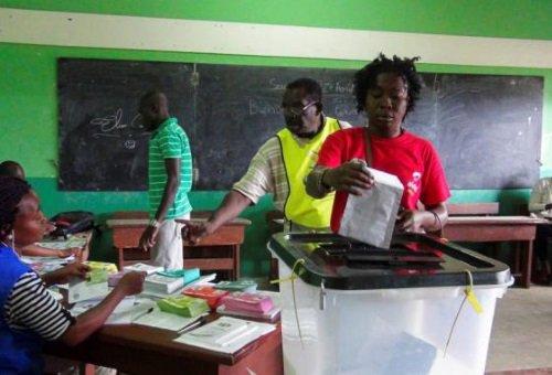 Suivez en DIRECT l'élection présidentielle au #Cameroun