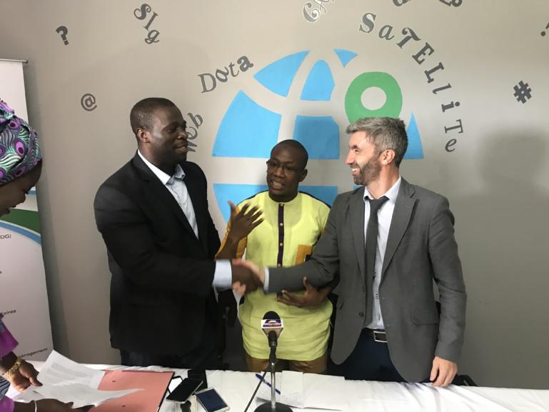 Convention de partenariat : Le Dr Labaly Touré invite à communiquer sur la géomatique