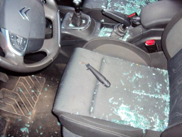 Thiénaba: la voiture d'un pharmacien responsable de Pastef, vandalisée