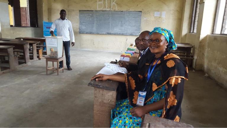 Cameroun: polémique sur de prétendus observateurs lors de la présidentielle