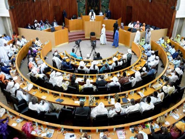 «Le siège de 8e vice-président revient aux femmes», déclare  Moustapha Niass