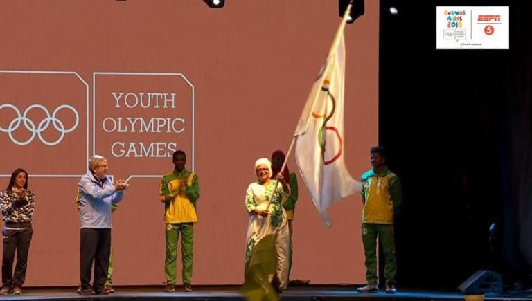 Soham  Wardini a reçu le drapeau olympique pour les JOJ 2022