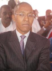 Difficultés bancaires : Abdoul Mbaye prône la construction  d'un champion bancaire national