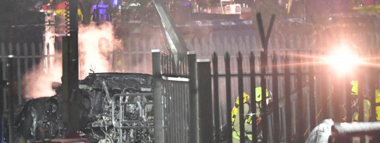 Royaume-Uni : l'hélicoptère du président du club de foot de Leicester s'écrase près du stade