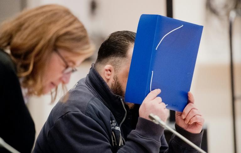 Allemagne: l'infirmier suspecté d'avoir tué 100 personnes avoue à l'ouverture de son procès