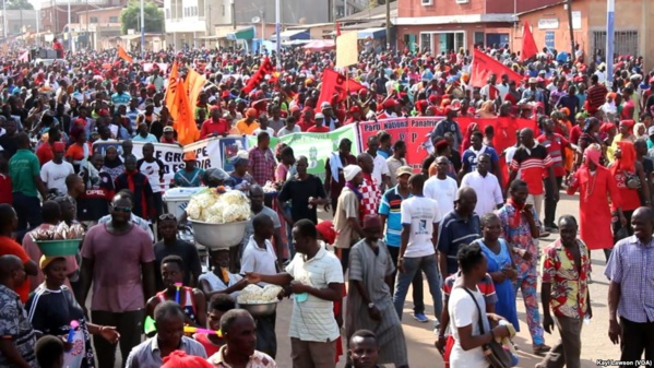 """L'opposition togolaise appelle à une journée """"morte"""" mardi"""