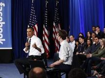 Barack Obama en campagne sur Facebook
