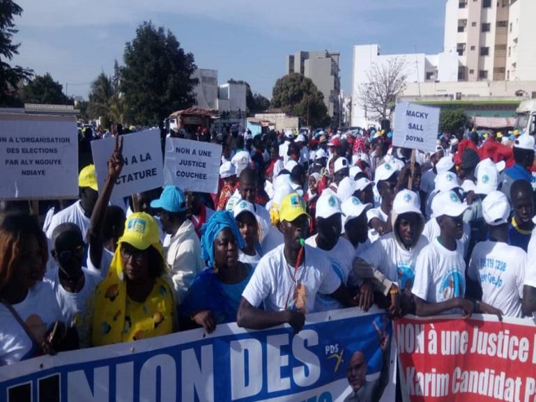 Marche du Frn : l'opposition réussit le pari de la mobilisation (Images)