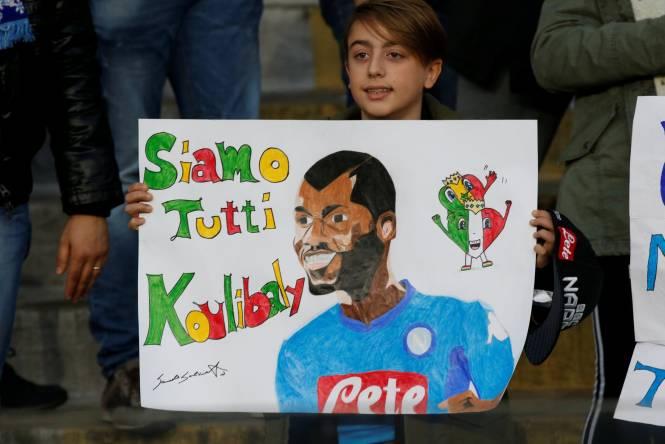 """Koulibaly très ému par le geste des supporters Napolitains """"Ce jour restera à jamais gravé dans mon coeur"""""""