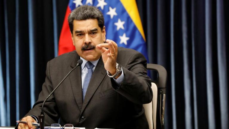 Venezuela: Maduro menace les pays qui ont appelé à son départ