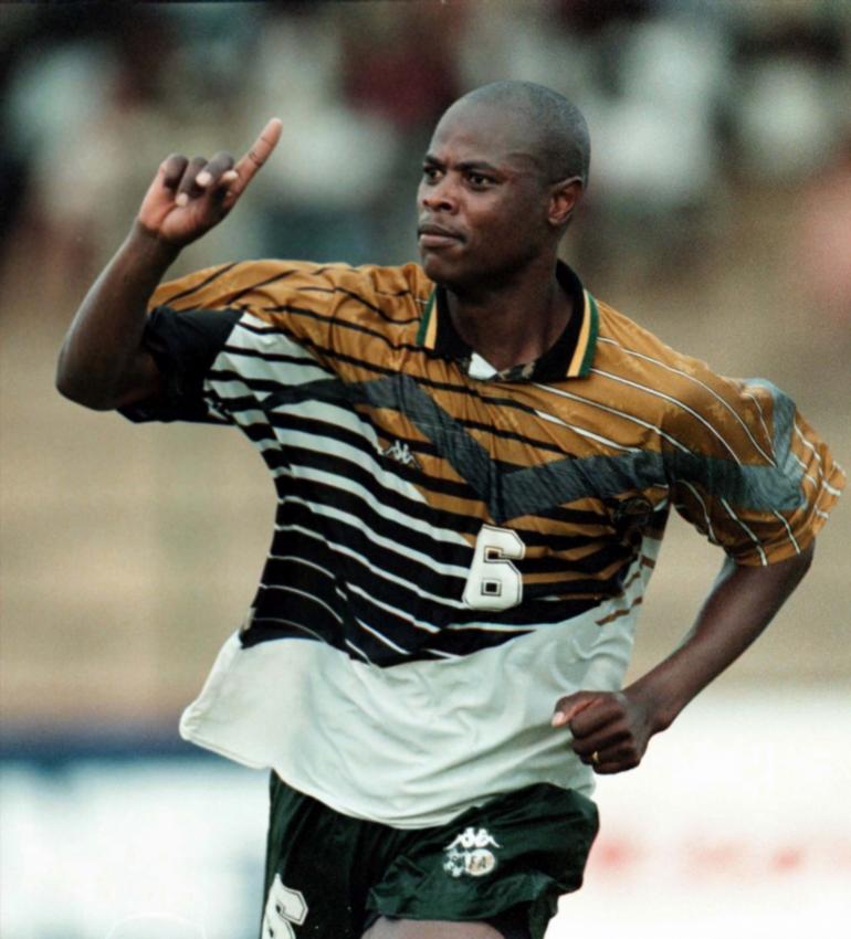Décès de Philémon Masinga, l'ancien attaquant de l'Afrique du Sud