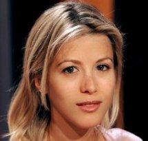 Une écrivaine qui dit avoir été agressée par DSK envisage une plainte