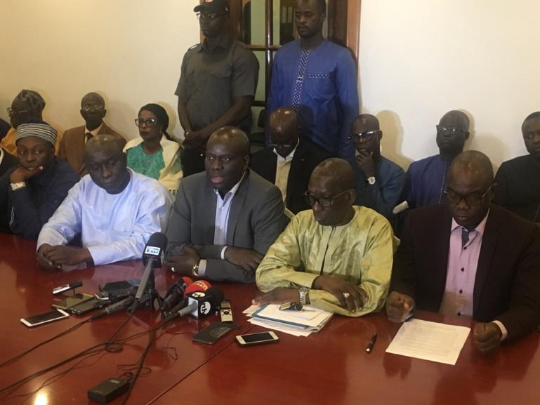 Décision du Conseil constitutionnel : l'opposition va dévoiler son «plan de riposte» lundi à 17 heures