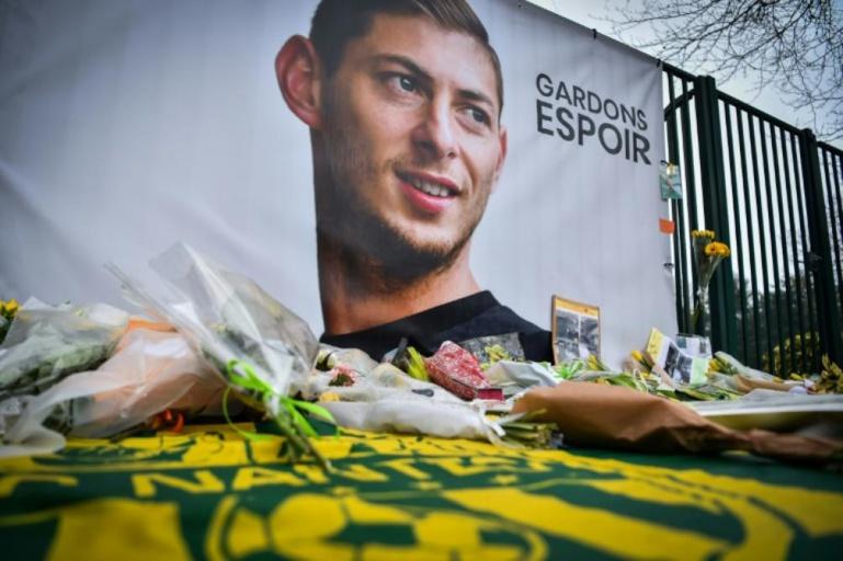 Disparition de sala : Messi,higuain et le monde  du foot font pression pour la poursuite des recherches