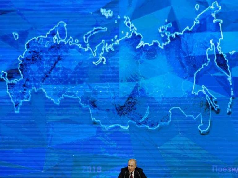 Vladimir Poutine, lors de sa conférence de presse annuelle, à Moscou, le 20 décembre 2018. Alexander Zemlianichenko / AP