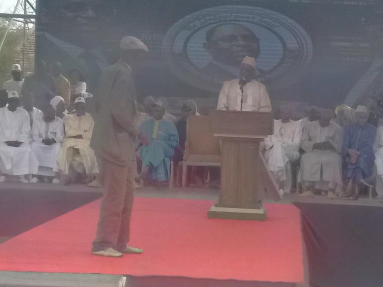 Louga : Macky Sall raille Wade et adoube Abdou Diouf