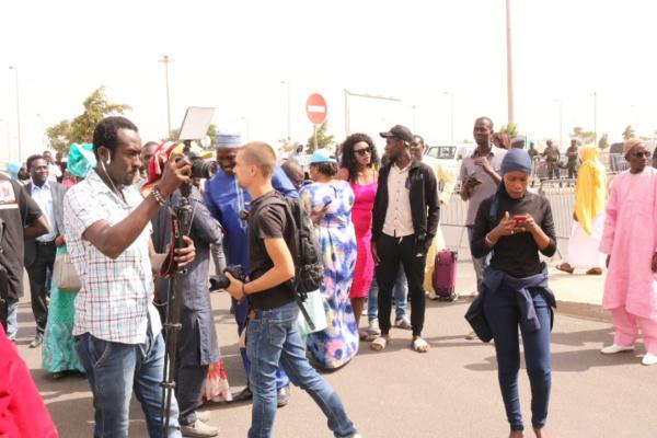 Direct-AIBD: Les images de l'arrivée d'Abdoulaye Wade