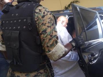 REPORTAGE - Quelques heures dans le convoi des agents de sécurité de la caravane de Idy