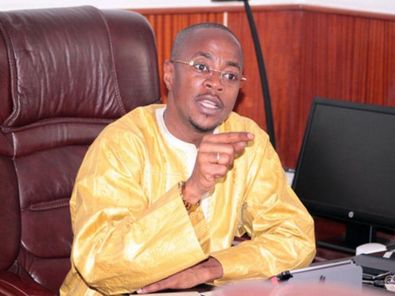 """Appel de Wade à brûler les cartes d'électeurs : Abdou Mbow s'indigne et appelle le """"Pape du Sopi"""" à la retenue"""