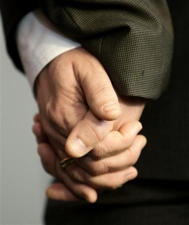 LES DÉPUTÉS VOTENT CONTRE LE MARIAGE HOMOSEXUEL