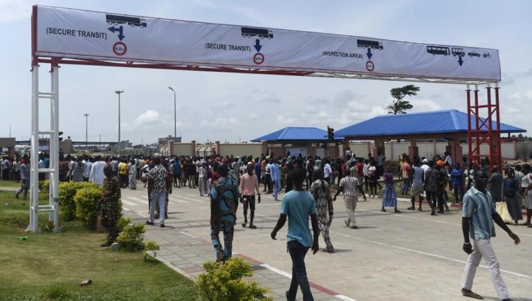 Elections au Nigeria: un scrutin suivi avec attention au Bénin voisin