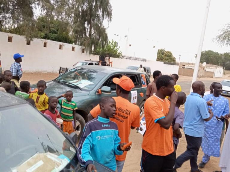 Ndiassane: pas de liesse populaire pour accueillir Wade...à part quelques jeunes de Rewmi