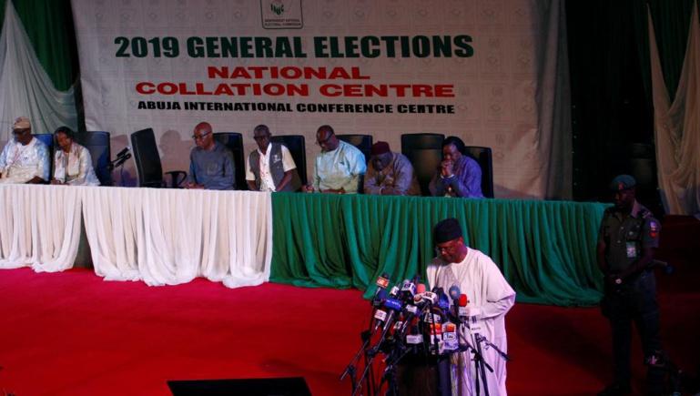 Elections au Nigeria: la commission électorale au centre des critiques