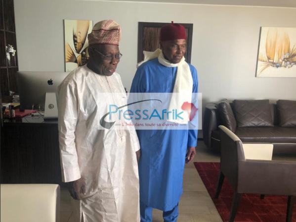 Présidentielle 2019 : Pendant que les Sénégalais votent, Wade reçoit Obasanjo