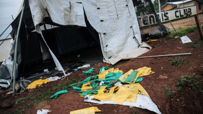 Destruction d'un centre anti-Ebola en RDC