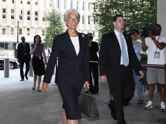 Après sa prise de fonctions, Christine Lagarde expose à la presse sa stratégie pour le FMI