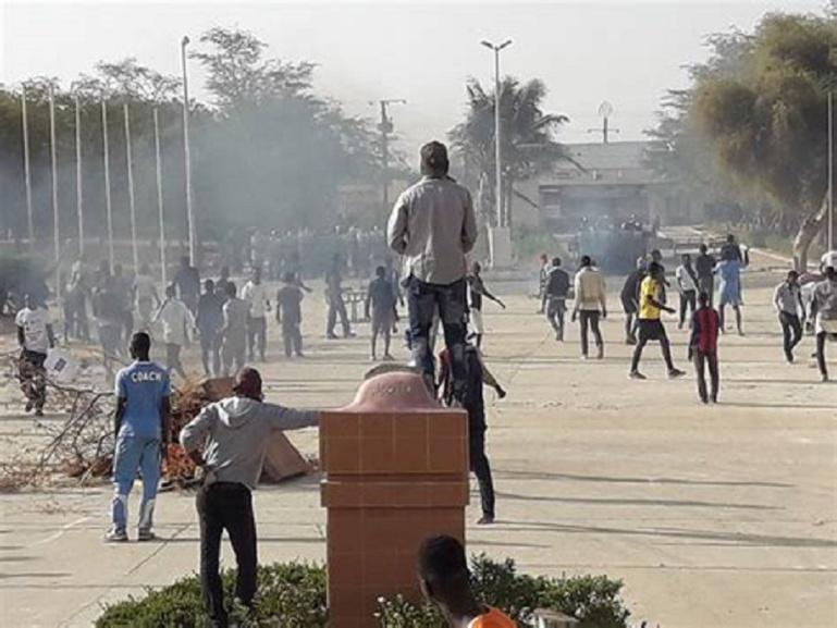 «Nous allons rendre le campus invivable » : étudiants de l'opposition