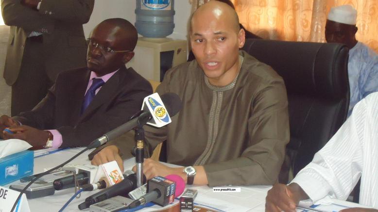 Karim Wade prévoit 16 000 tonnes de gaz pour éviter toute pénurie durant le ramadan