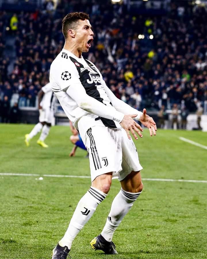"""UEFA : CR7 écope simplement d'une amende après sa célébration """"osée"""""""