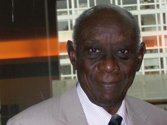 Cheikh Hamidou Kane: Cinquante ans d'aventures ambiguës