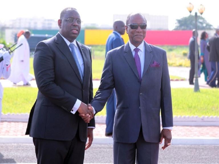 Prestation de serment de Macky Sall : Alpha Condé est arrivé à Dakar