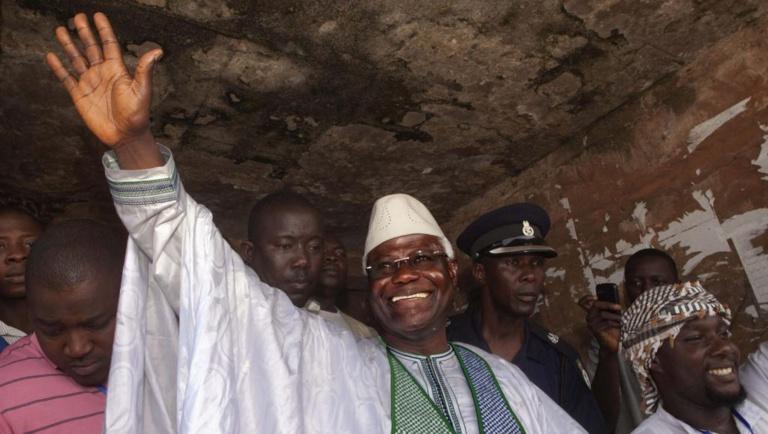Sierra Leone: l'ancien gouvernement accusé d'avoir détourné 1 milliard de dollars