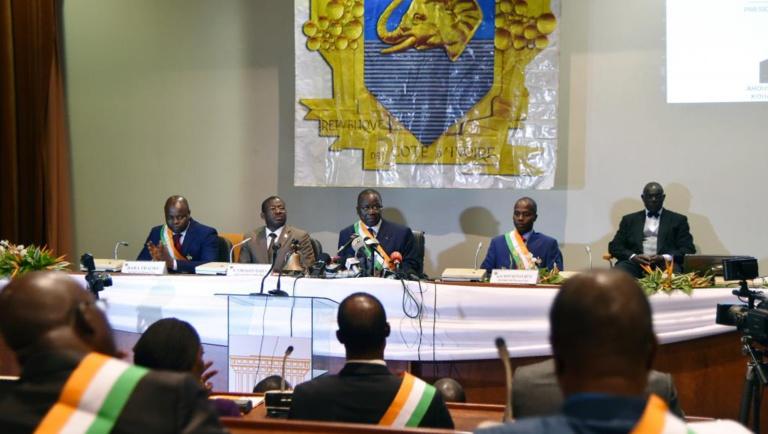 Côte d'Ivoire: le président Ouattara a nommé les 33 derniers sénateurs