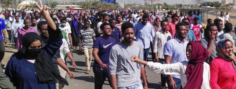 Soudan : un mort dans de nouvelles manifestations pour demander le départ du président Omar el-Béchir