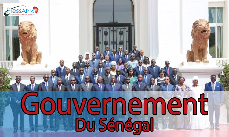 Les 32 ministres du nouveau gouvernement de Macky Sall