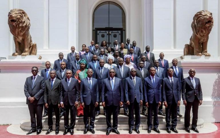 Gouvernement Macky-II : la photo de famille des nouveaux ministres