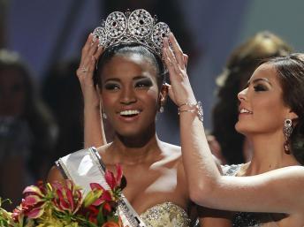 L'Angolaise Leila Lopes est élue Miss Univers 2011
