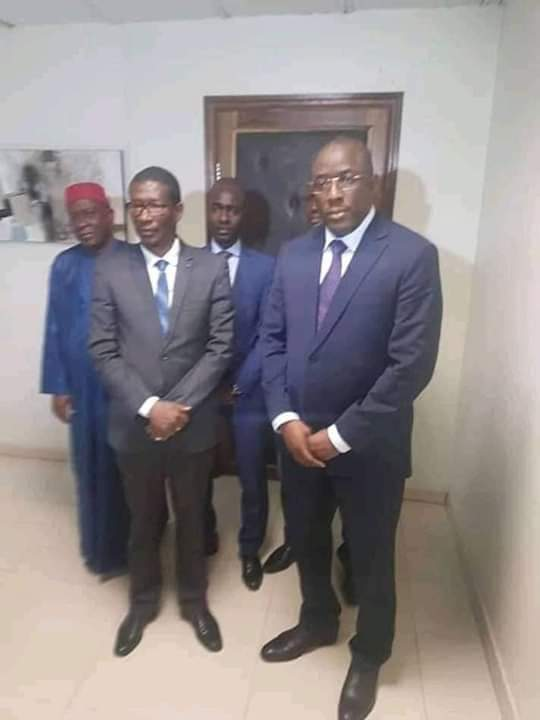 Le ministre Cheikh Oumar Hann installé dans une discrétion totale