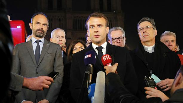 Emmanuel Macron promet de reconstruire Notre Dame en cinq ans