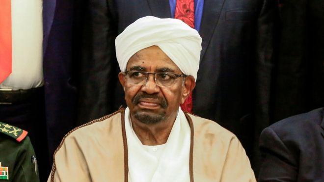 L'ancien président du Soudan, Omar Al-Bashir en prison
