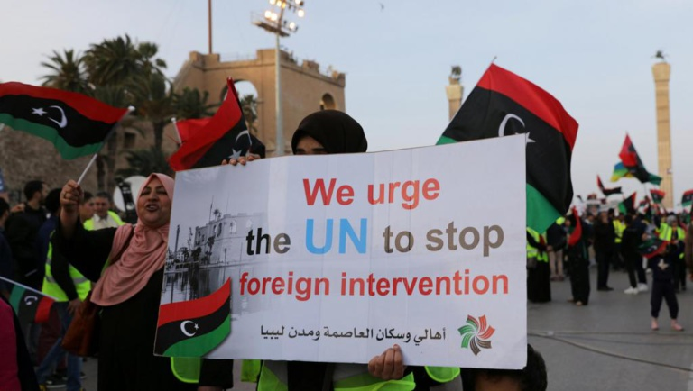Libye: la Maison Blanche annonce que Trump s'est entretenu avec Haftar